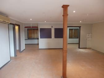 2/20 Alford Street Kingaroy QLD 4610 - Image 2