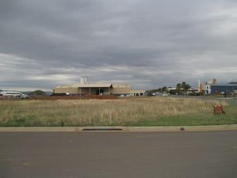 32 Armstrong St Tamworth NSW 2340 - Image 2