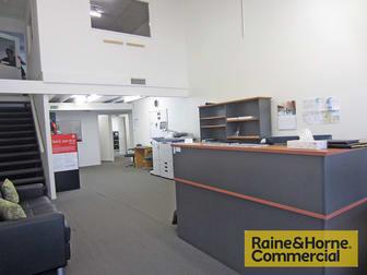 3 & 5/521 Beams Road Carseldine QLD 4034 - Image 3