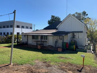 8 Clopton Street East Toowoomba QLD 4350 - Image 3