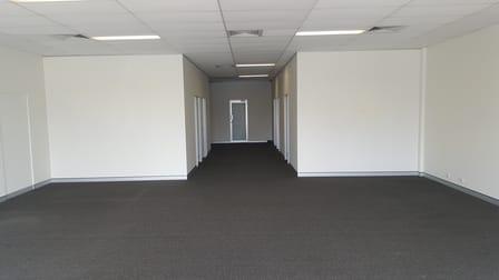 8/110 Brisbane Road Labrador QLD 4215 - Image 3