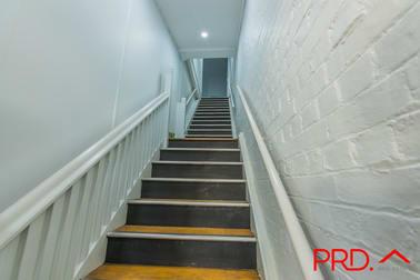 Upstairs 2/312 Peel Street Tamworth NSW 2340 - Image 3
