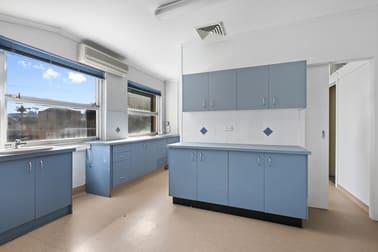 4/70 Edith Street Wynnum QLD 4178 - Image 2