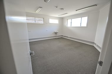 3 Argyll Place, Coffs Harbour NSW 2450 - Image 2