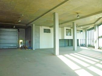 2 & 3/28 West Court Derrimut VIC 3026 - Image 2