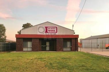 210 Hammond Avenue Wagga Wagga NSW 2650 - Image 1