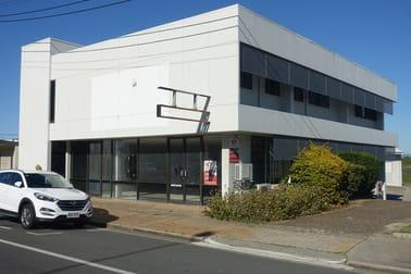 1a & 1b/17 Evans Avenue North Mackay QLD 4740 - Image 1