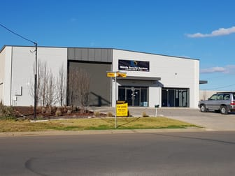 Unit 1, 1 Ball Place Wagga Wagga NSW 2650 - Image 1
