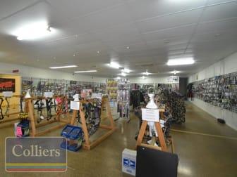 1/155 Ingham Road West End QLD 4810 - Image 2