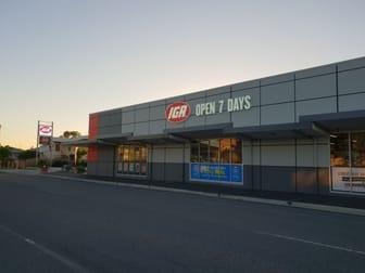 26 Main Street Park Avenue QLD 4701 - Image 2