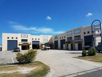 1 and 2/35 Chapple Street Gladstone Central QLD 4680 - Image 2