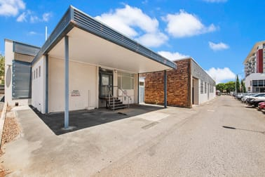 4 Hall Lane Toowoomba City QLD 4350 - Image 1