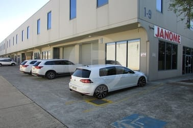 Unit 1/4A FOUNDRY ROAD Seven Hills NSW 2147 - Image 1