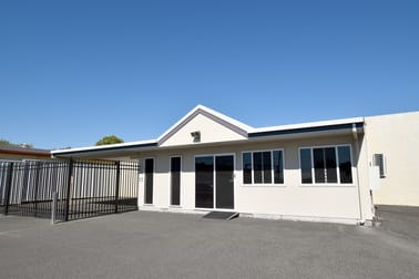 27 Toolooa Street Gladstone Central QLD 4680 - Image 2