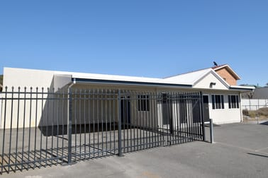 27 Toolooa Street Gladstone Central QLD 4680 - Image 3