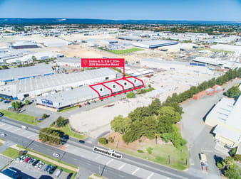 Units 4, 5, 6 & 7/204-208 Bannister Road Canning Vale WA 6155 - Image 1
