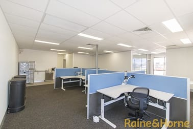 Unit 5 2 Blueridge Drive Dubbo NSW 2830 - Image 2