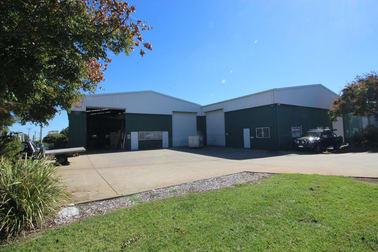 5 Struan Court Wilsonton QLD 4350 - Image 2