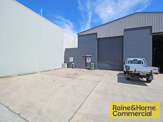 1/353 MacDonnell Road Clontarf QLD 4019 - Image 1