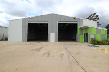 27 Croft Crescent, Harristown QLD 4350 - Image 1