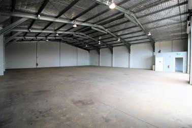 27 Croft Crescent, Harristown QLD 4350 - Image 3