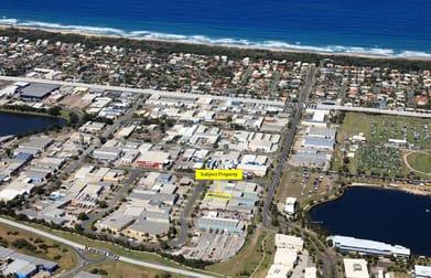 4/2 Machinery Avenue Warana QLD 4575 - Image 1