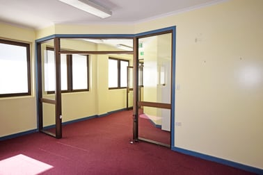 210 Margaret Street - Tenancy 2 Toowoomba City QLD 4350 - Image 3