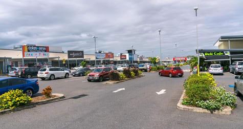414 Yaamba Road Norman Gardens QLD 4701 - Image 2