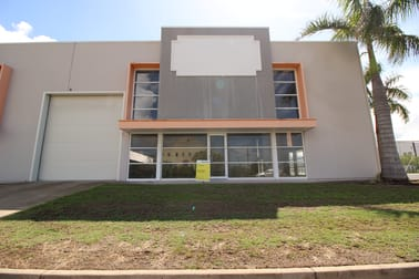2/49 Cook Street Portsmith QLD 4870 - Image 1