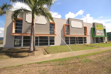 2/49 Cook Street Portsmith QLD 4870 - Image 3
