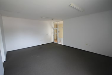 8/165-175 Bloomfield Street Cleveland QLD 4163 - Image 3