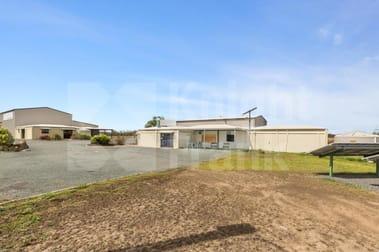 60360 Bruce Highway Port Curtis QLD 4700 - Image 1