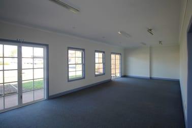 241 Bridge Street Newtown QLD 4350 - Image 2