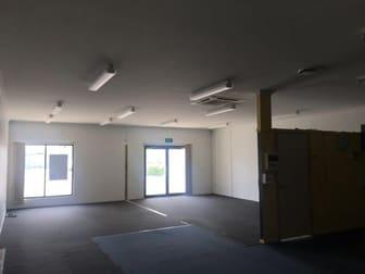 2/17 Barolin Bundaberg Central QLD 4670 - Image 3