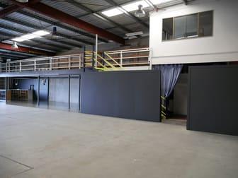 2/23 Pechey Street South Toowoomba QLD 4350 - Image 3
