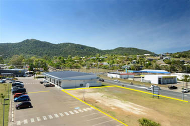 Reef Plaza Cnr Shute Harbour Rd/Paluma Rd Cannonvale QLD 4802 - Image 3