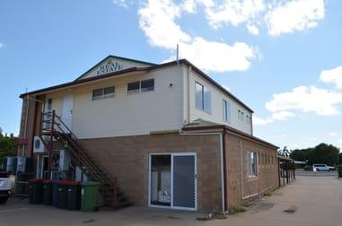 65 Hospital Road Emerald QLD 4720 - Image 2