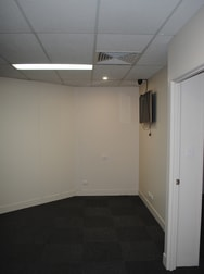 1-3 Russell Street - Suite 5 Toowoomba City QLD 4350 - Image 2