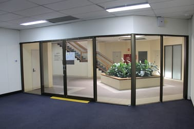 Suite 8/566 Ruthven Street Toowoomba City QLD 4350 - Image 2