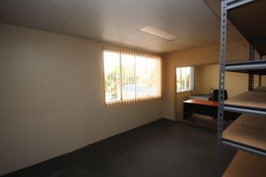 1/11 Carlton Street Kirwan QLD 4817 - Image 3