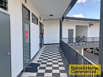 11/33 Racecourse Road Hamilton QLD 4007 - Image 3