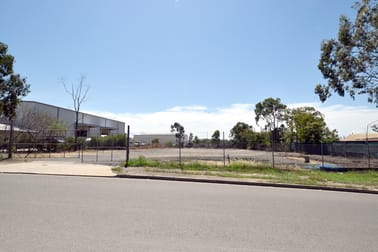 9 Bensted Road Callemondah QLD 4680 - Image 2