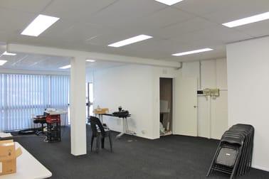 4/27 Birubi Street, Coorparoo QLD 4151 - Image 2