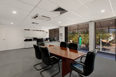 Suite B/251 James Street Toowoomba QLD 4350 - Image 2