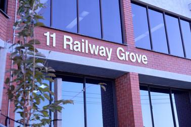 11 Railway Grove Mornington VIC 3931 - Image 1