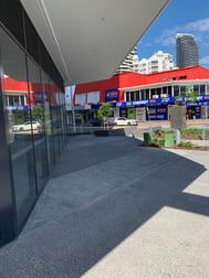 3/29 Queensland Avenue Broadbeach QLD 4218 - Image 3