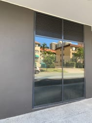 8&9/29 Queensland Avenue Broadbeach QLD 4218 - Image 3