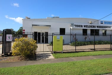 1/68 Bunda Street Portsmith QLD 4870 - Image 2