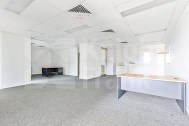 4/138 George Street Rockhampton City QLD 4700 - Image 2