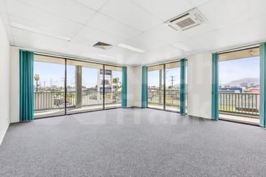 4/138 George Street Rockhampton City QLD 4700 - Image 3